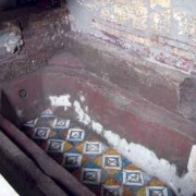 Additional hand-painted tile bathtub discovered in September 2008 (photo: Jack Houston)