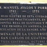 Plaque on wall of restaurant on 4a calle oriente, on site of colonial Hospital Real