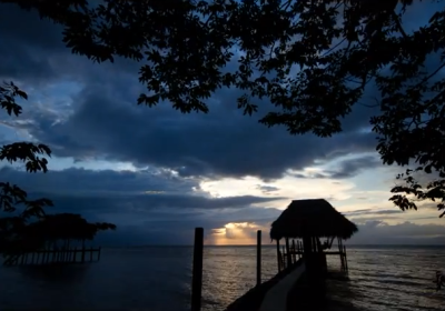 Time-lapse video: Sunset at Lake Izabal