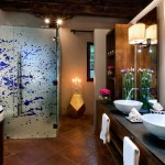 Las Jacarandas&#039; bathroom at Mil Flores Luxury Design Hotel La Antigua Guatemala