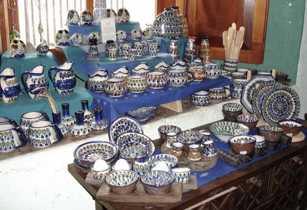 Pottery with blue details