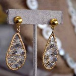 Gold-drop earrings