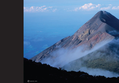 feature-image-volcano-hike