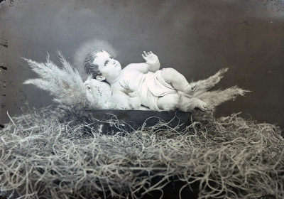 Baby Jesus from a nativity scene, photo by Juan José Yas c.1915 (CIRMA)